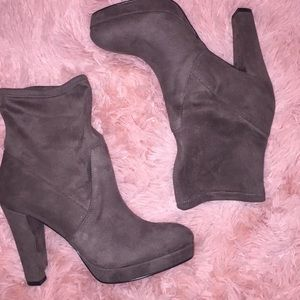 NINE WEST Suede Chocolate Brown Ankle Boots 9.5